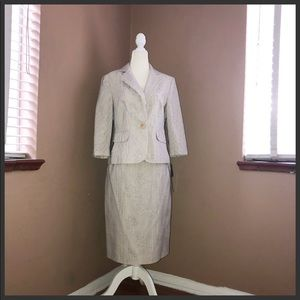 SIGNATURE BY LARRY LEVINE Womens Ivory Skirt Suit